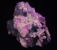 Calcite with dolomite and quartz, from Sainte-Clotilde, Québec, Canada