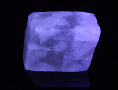 """Terlingua-type"" calcite with unusual yellow midwave UV response"