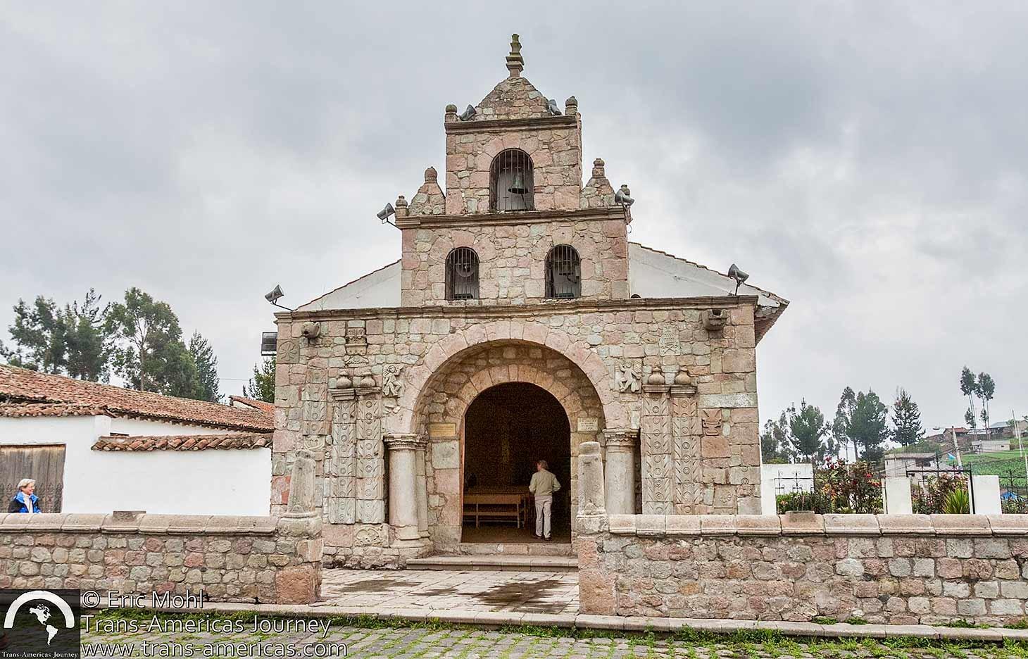 Balbanera-church-oldest-ecuador@2x