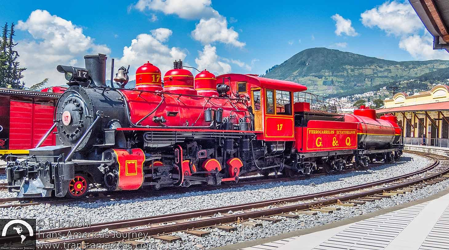 Ecuador-steam-locomotive@2x