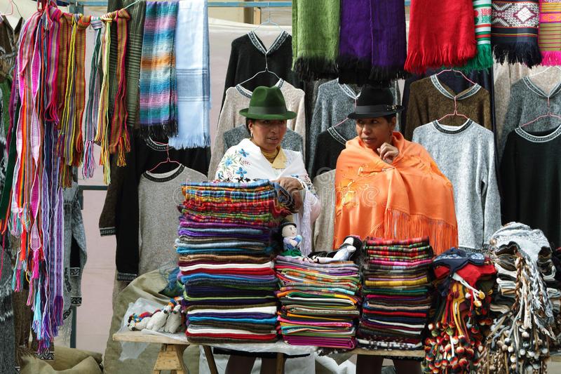 ecuadorian-ethnic-women-indigenous-cloth