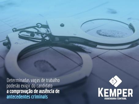 A (im)possibilidade de exigência de certidão de antecedentes criminais na contratação de empregados.