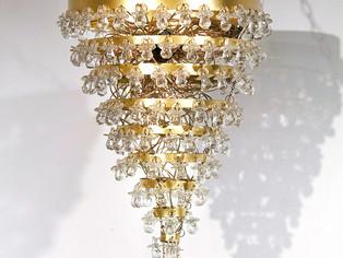 2014_egwrp-chandelier.jpg