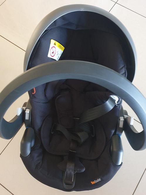 Qtus pram, qtus carry cot, bsafe car seat, all adapters, 3 drawer compactum, cot