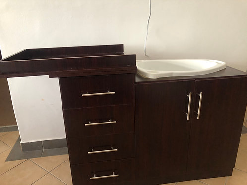 Wooden baby changing compactum with baby bath,drawers & staircase space-DBN ONLY