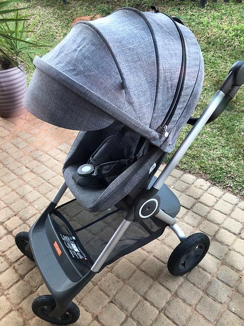 2019 Stokke Scoot stroller , Grey Melange.