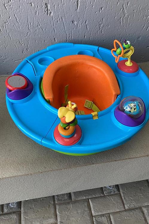 Seat, Tray & Toys