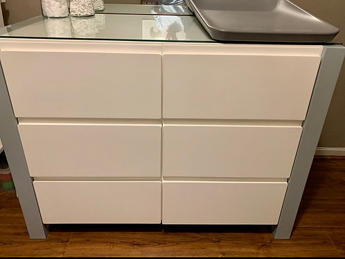 Compactum - 6 deep drawer with glass top