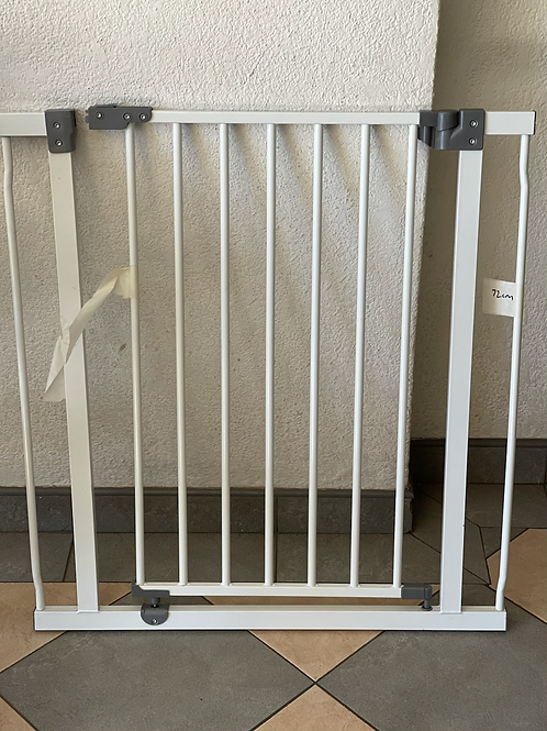 72cm safety gate
