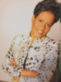 Aposte Kimberly Daniels