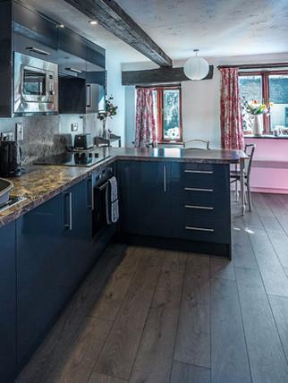 Cottage kitchen Link.jpg