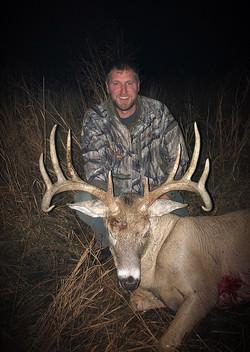 Charlies 2019 east river archery deer