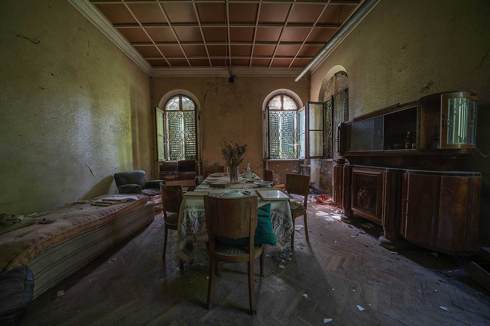 Dining room in abandoned Villa Pavone