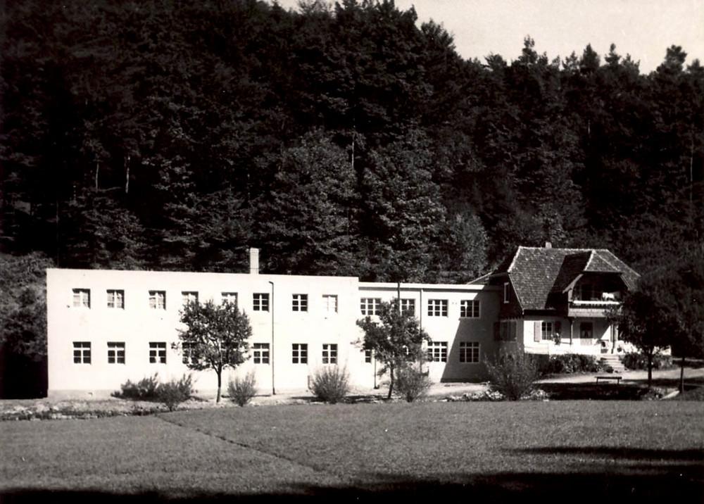 Historisk billede af chokoladefabrikken