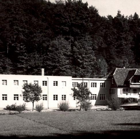 Et dyk ned i en sød historie: Chokoladefabrikken