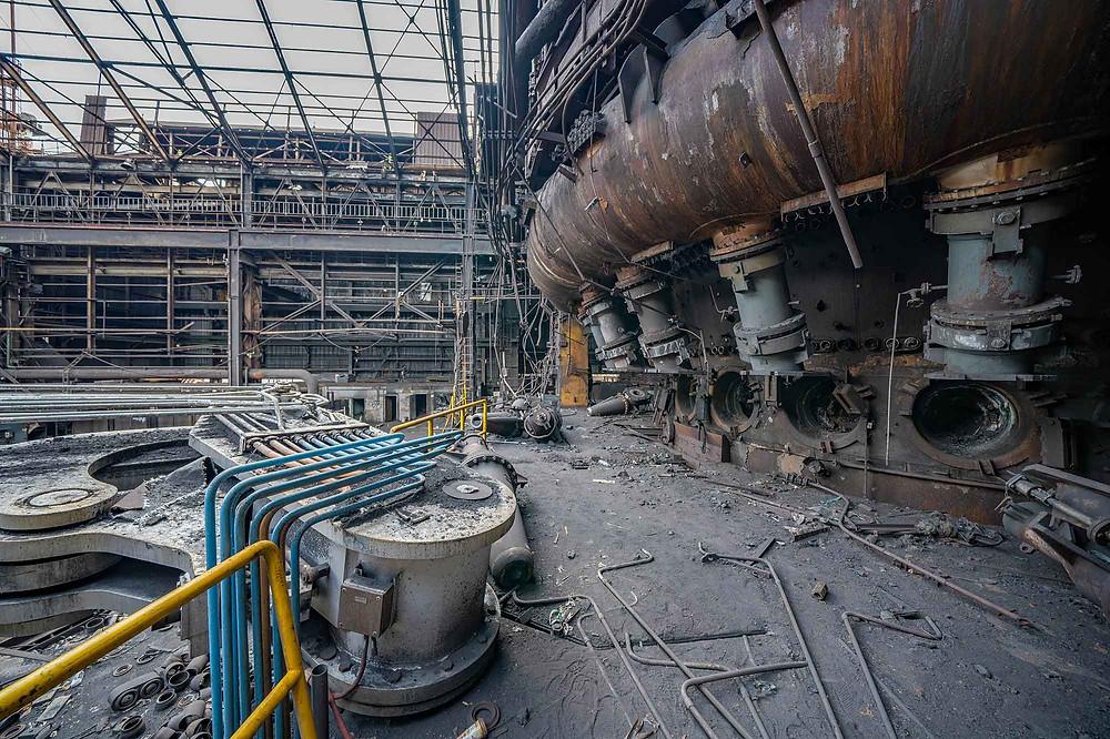 Detaljer på højovn i en stålfabrik
