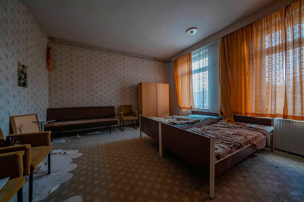 accommodation in an abandoned DDR hotel in Germany