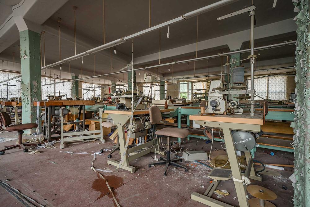 forladt tøj fabrik gennem 20 år