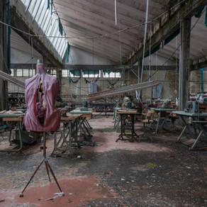 Forladt italiensk tøjfabrik: Knitting Factory