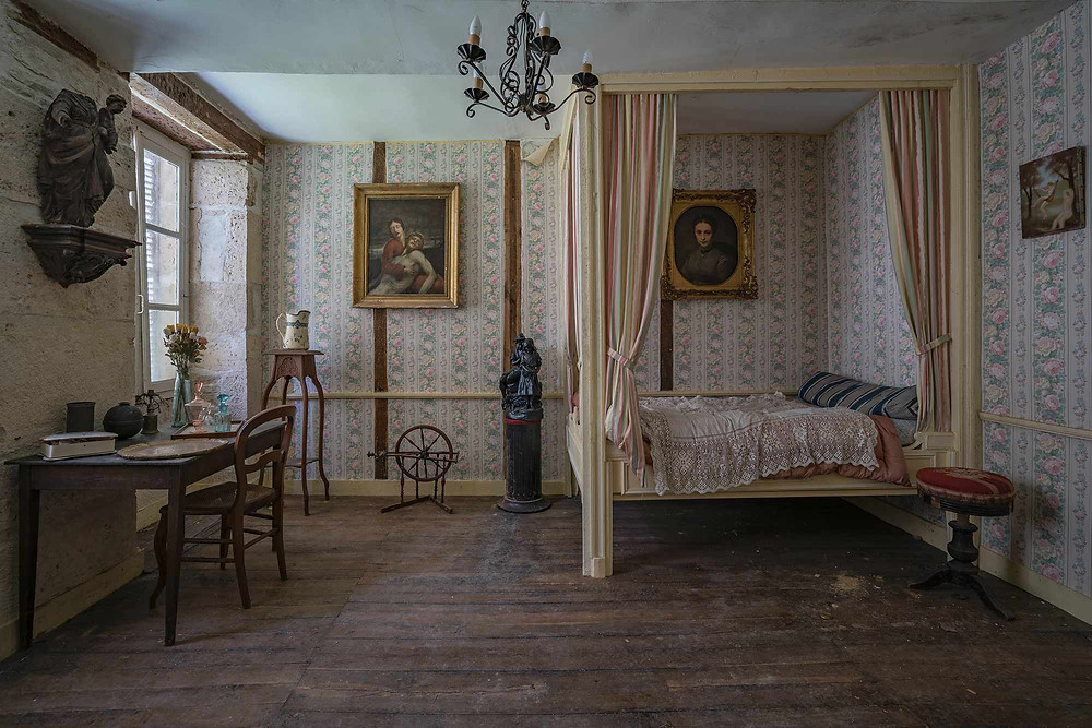 Bedroom of an abandoned mansion