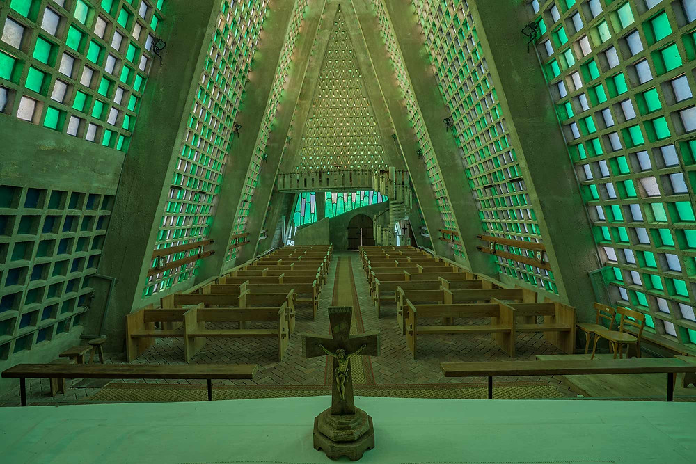 ET Church fra altret