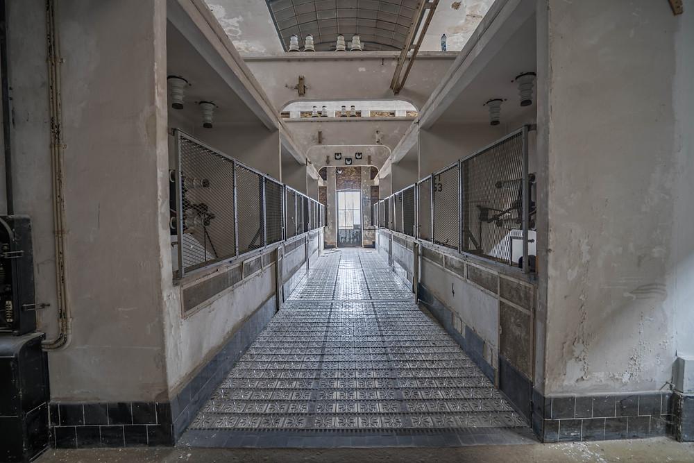 En af gangene på det forladte kraftværk