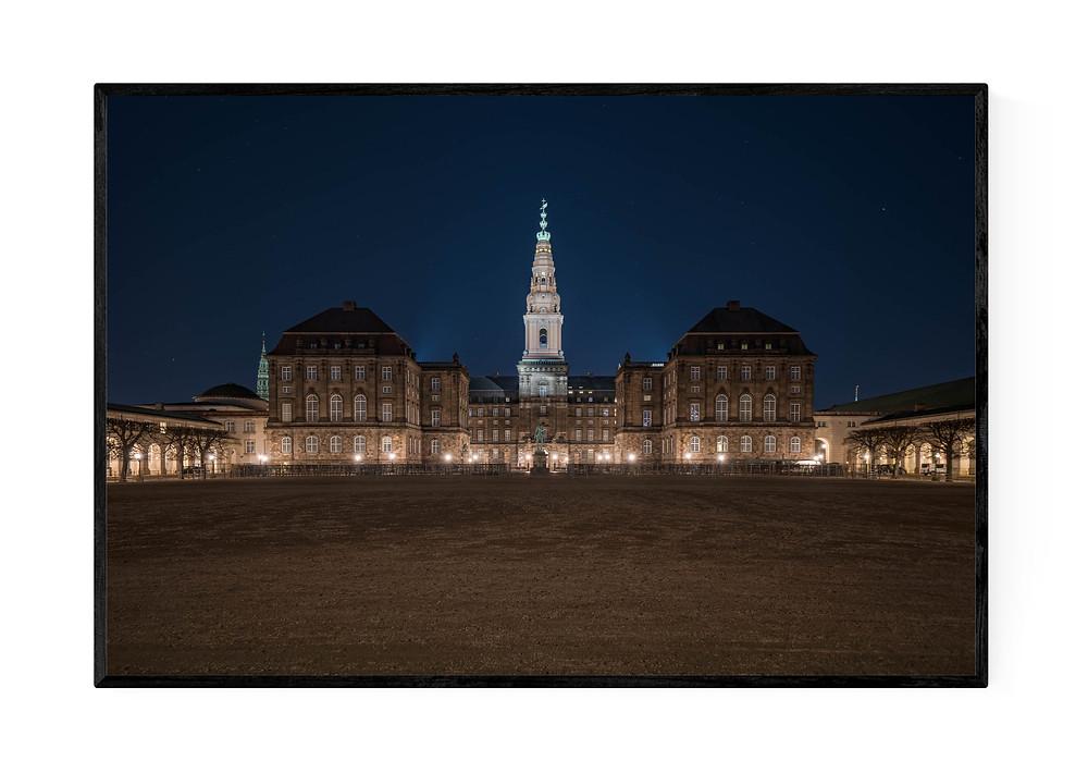 Christiansborg om natten, printet som fotokunst
