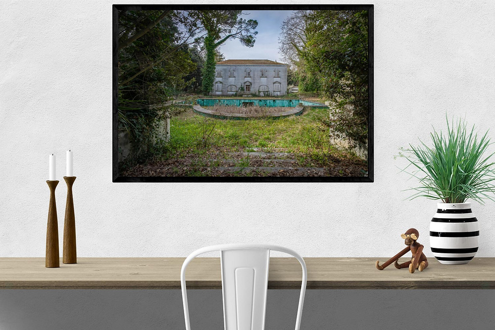 Photographic art print of Villa PDO as UltraClear with black wooden frame