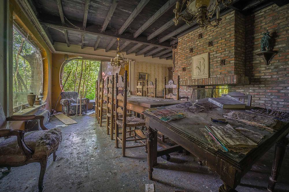 Maison Limmi diningroom