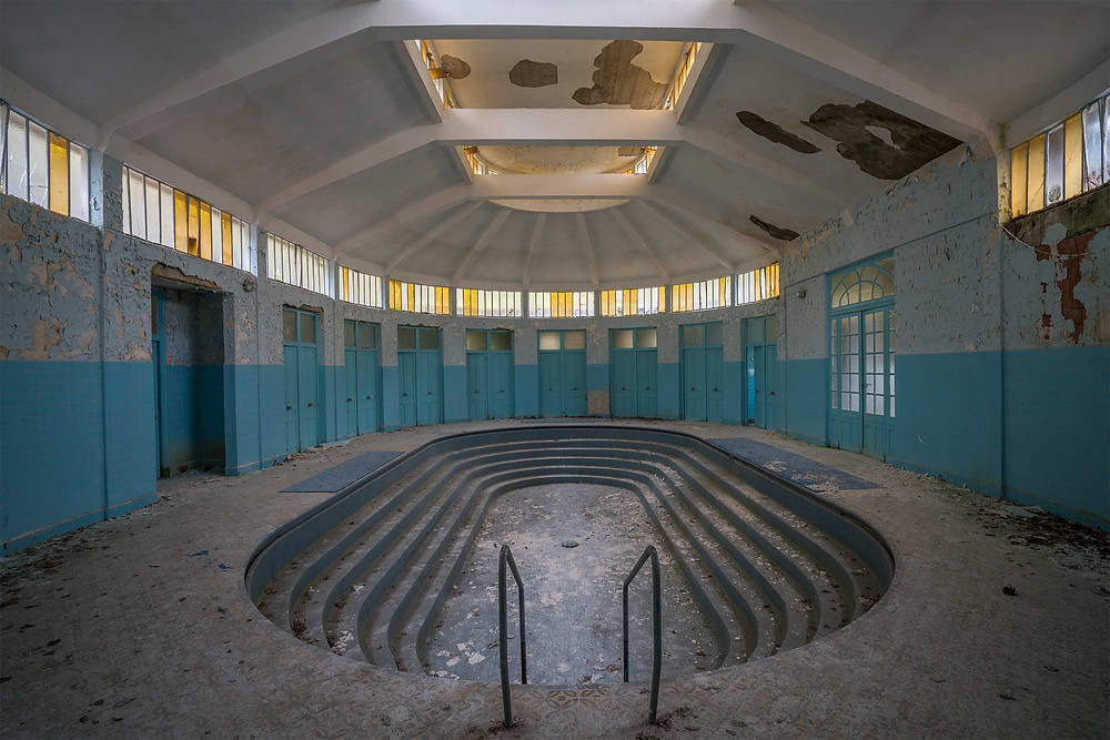 Main pool at Les Thermes Bleus - abandoned spa in France