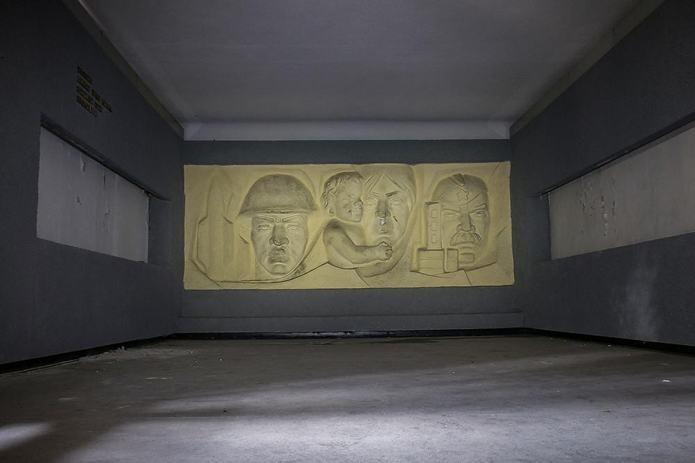 Sovjet kunst på forladt kaserne