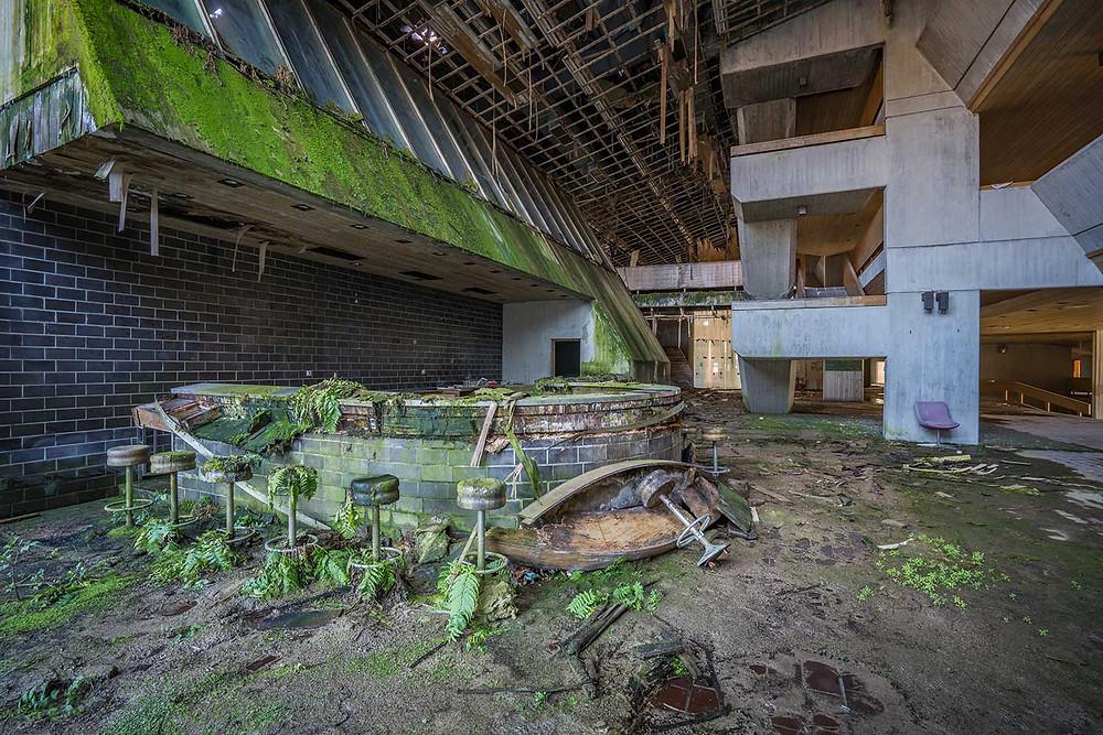 Natural decay at green bar