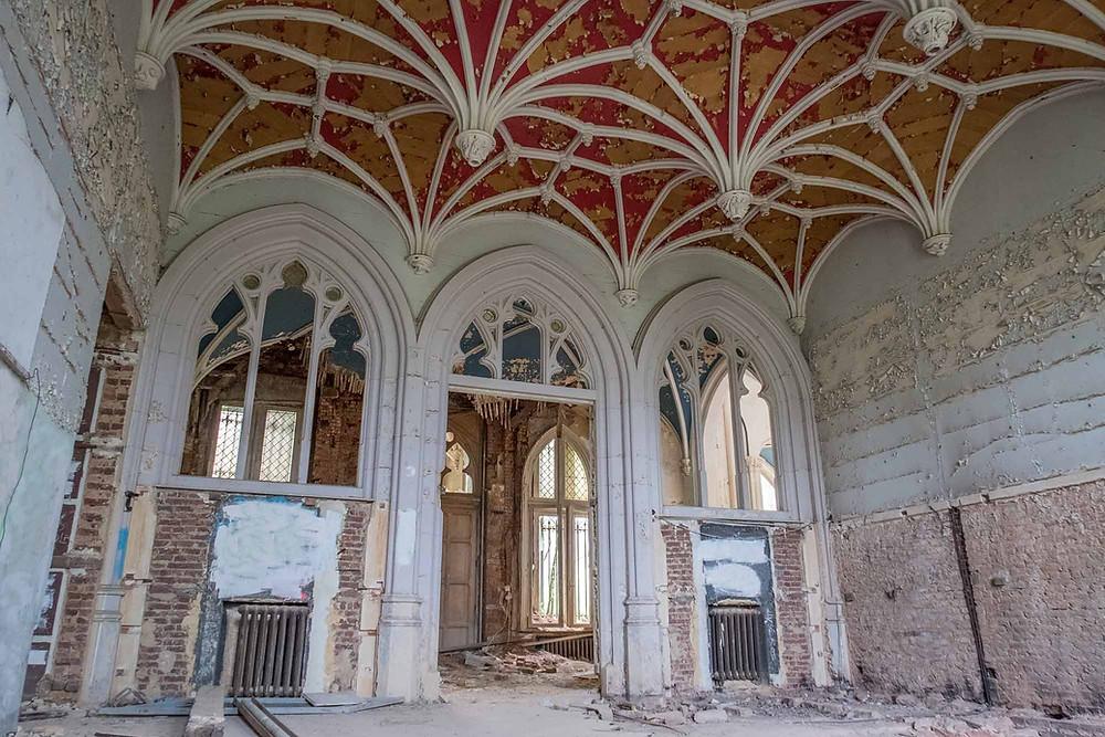 Stadig nogle detaljer at se i det forladte slot