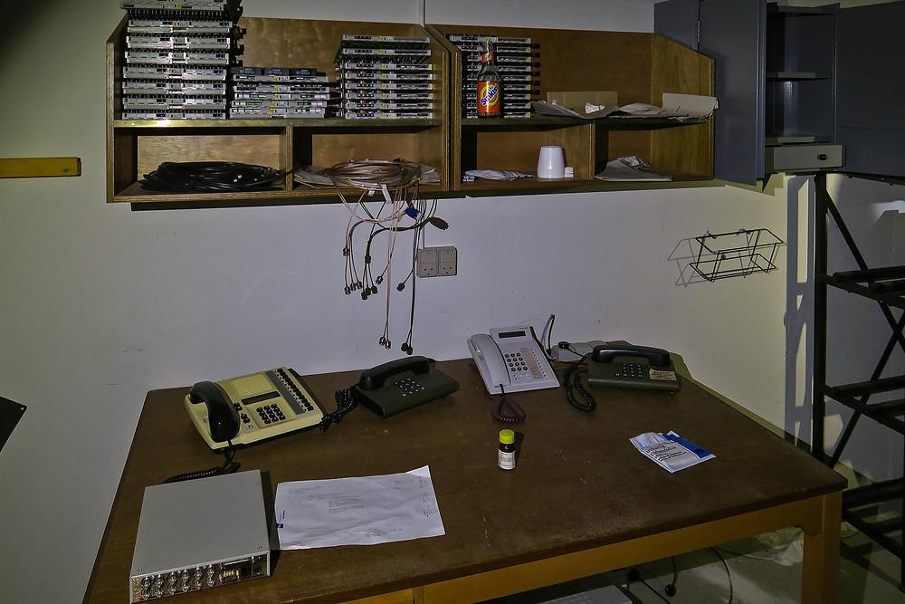 Kontor i kælderen på den forladte Forsvarskommando