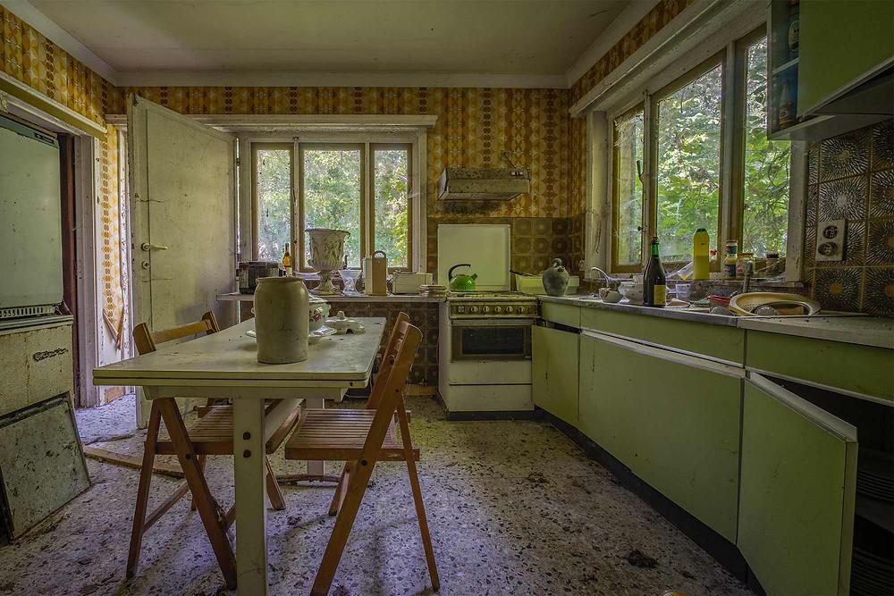 Maison Limmi kitchen