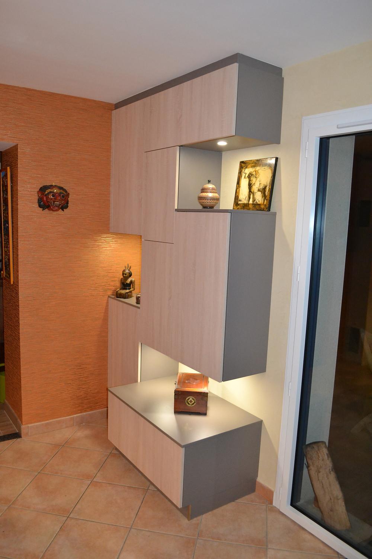 meuble d'entrée avec niches éclairées | Saint Nazaire