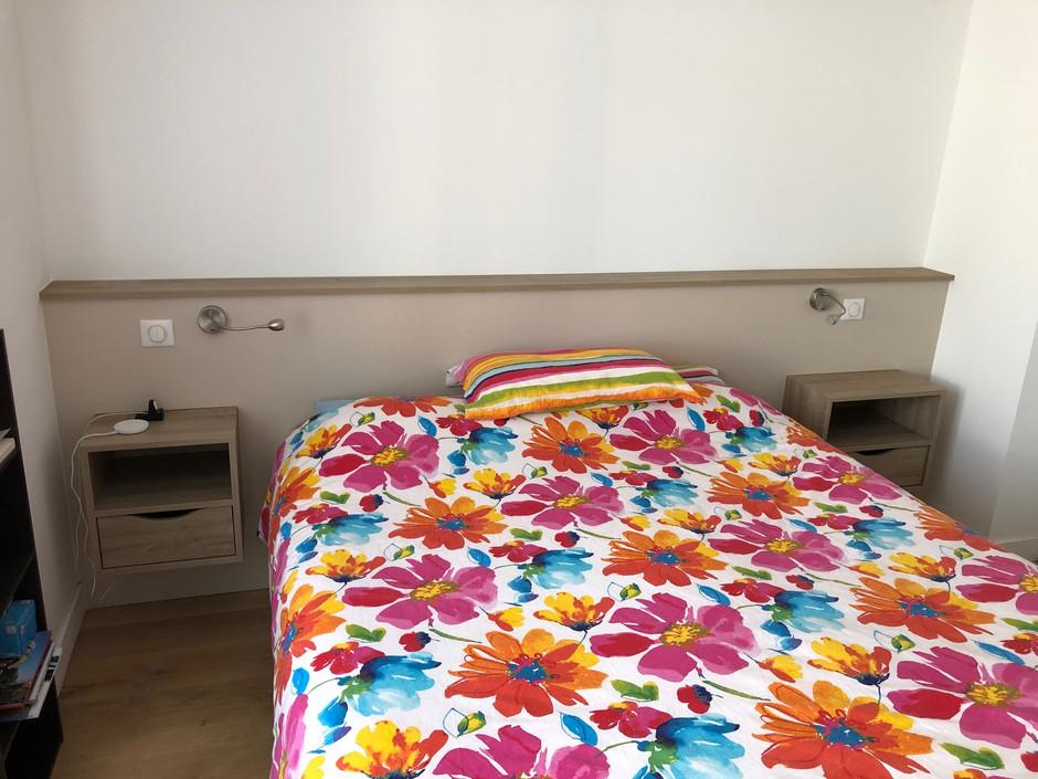 tete de lit_ meuble de chambre.jpg