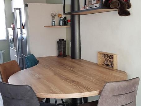 Style industriel : Table et étagère sur mesure