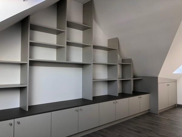 meuble bibliotheque sous pente _ Saint-Nazaire