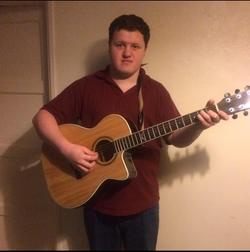 Acoustic Aaron Solo