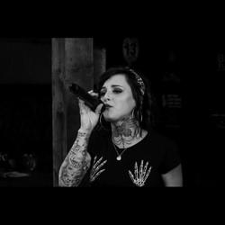 Bobbi Solo Vocalist