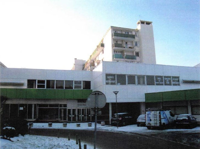 Le dugstore du centre commercial Grand Bois