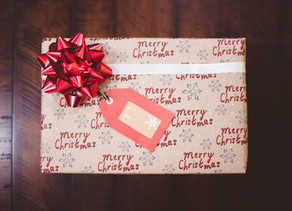 Handy tips for making Christmas easy….the wrapping edition!