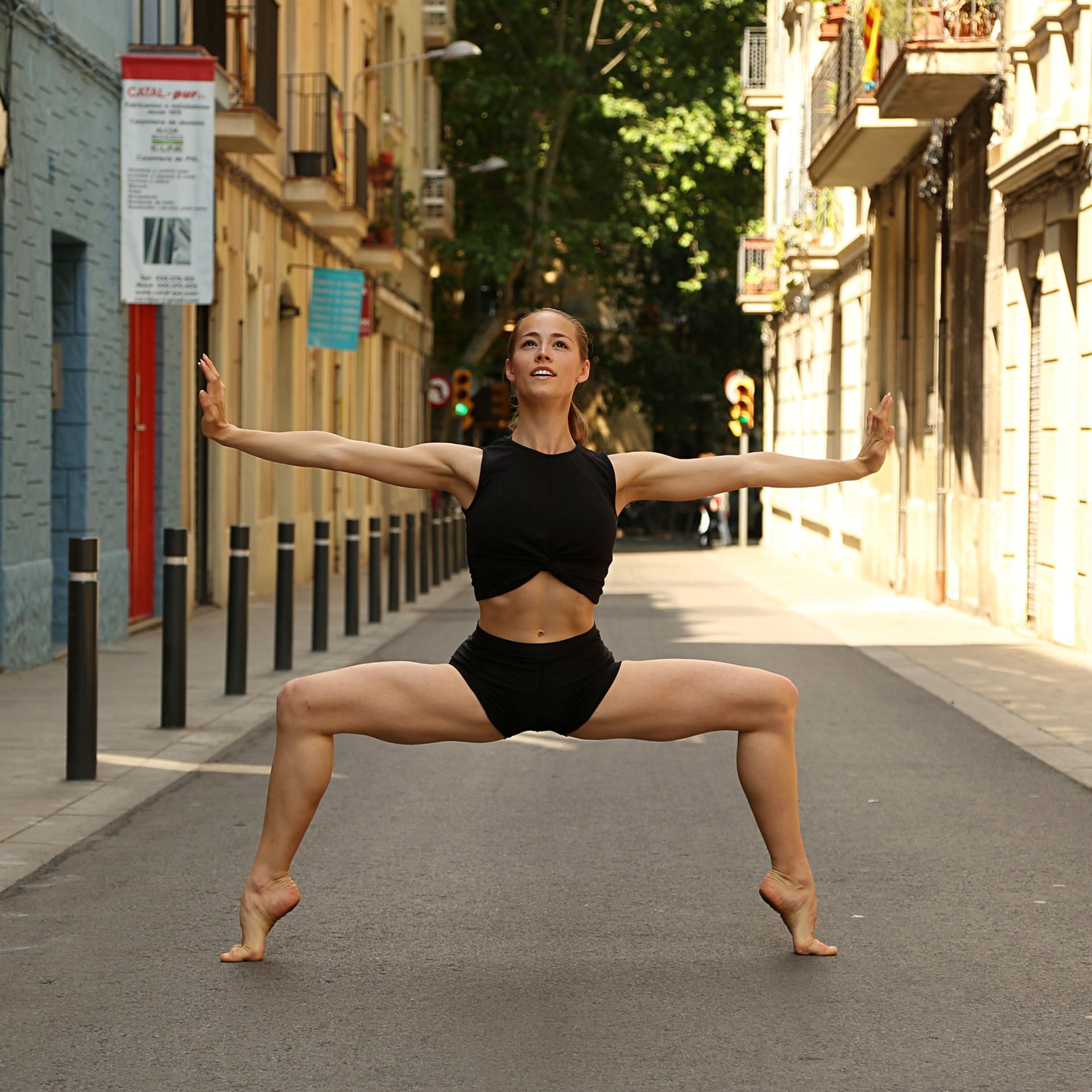 TatianaRooney_Bodyshot_3.jpg
