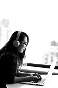 christina-khan-junior-designer.jpg