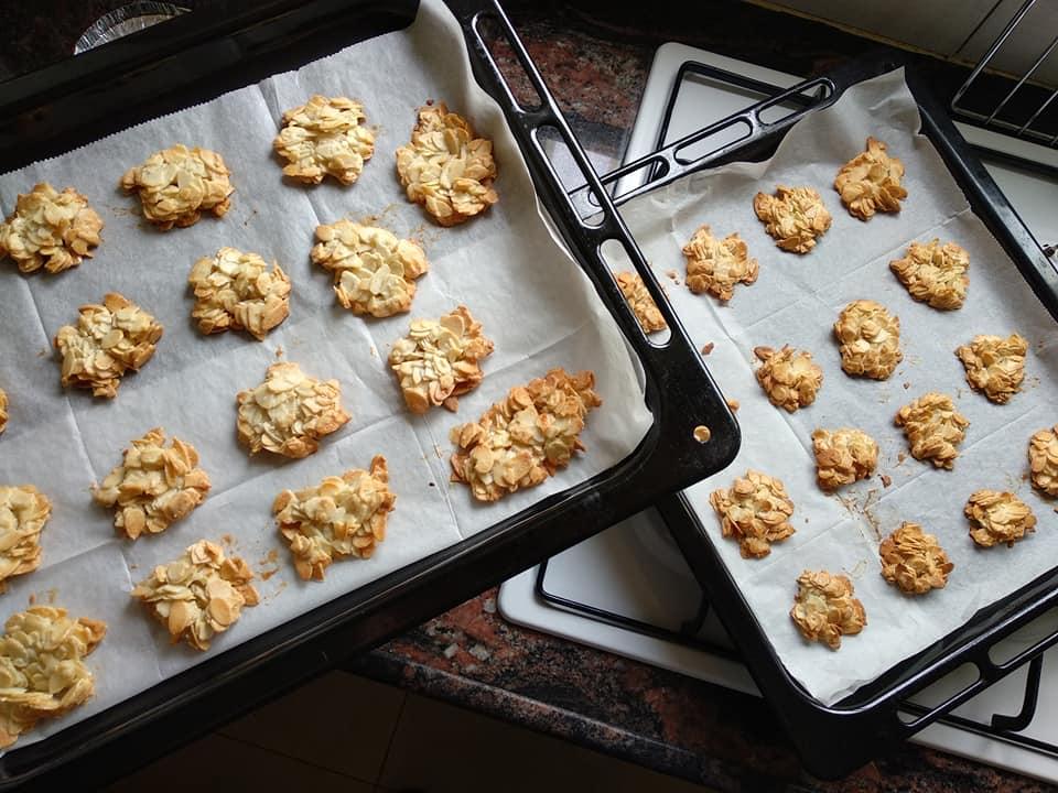 עוגיות שקדים ללא סוכר