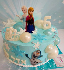 anna-and-elsa-cake