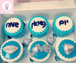 Anniversary-Cupcakes