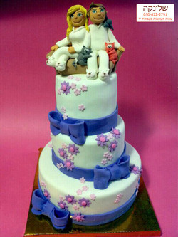 Bride-and-Groom-cake
