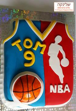 NBA-cake